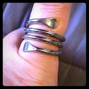 Jewelry - Silver colored wrap ring